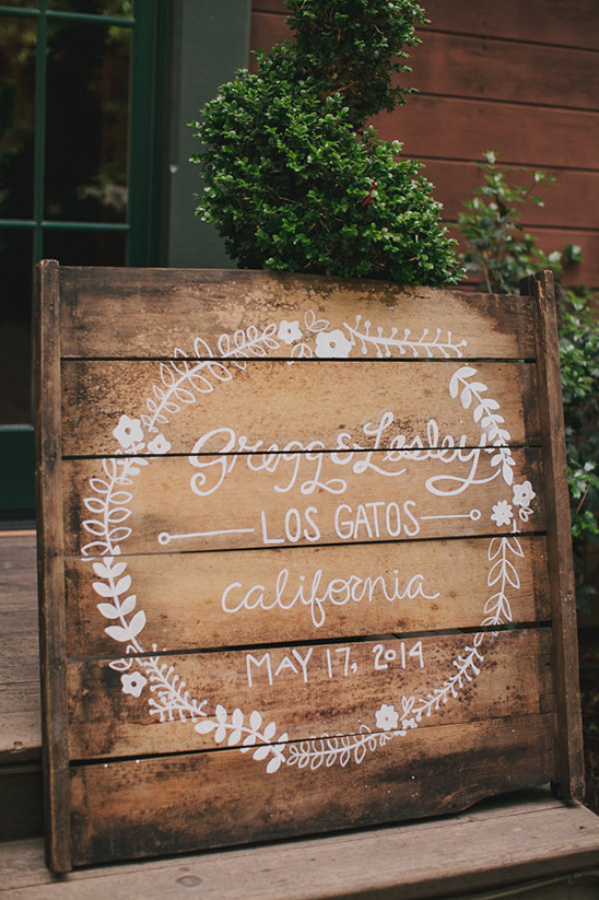 wooden pallet wedding sign