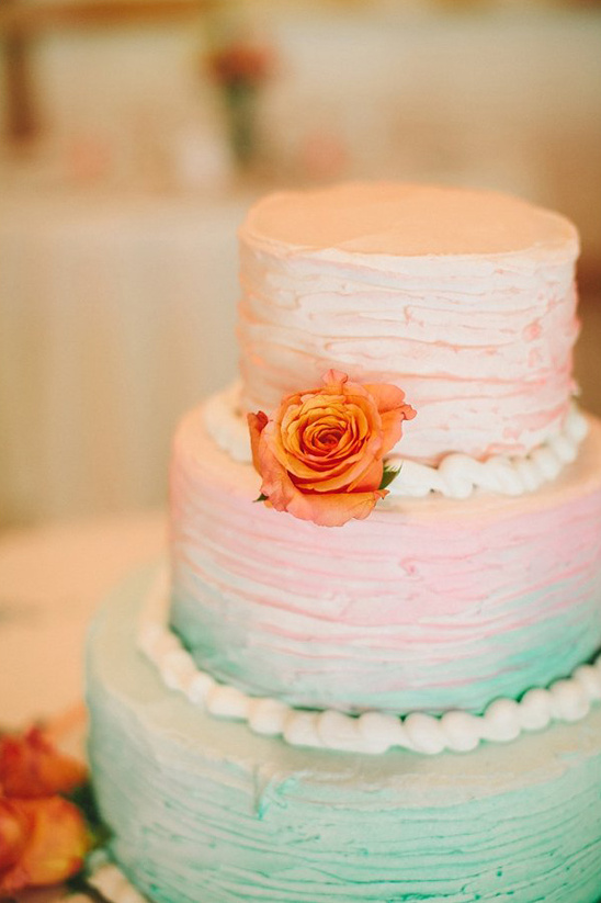 green and peach ombre wedding cake