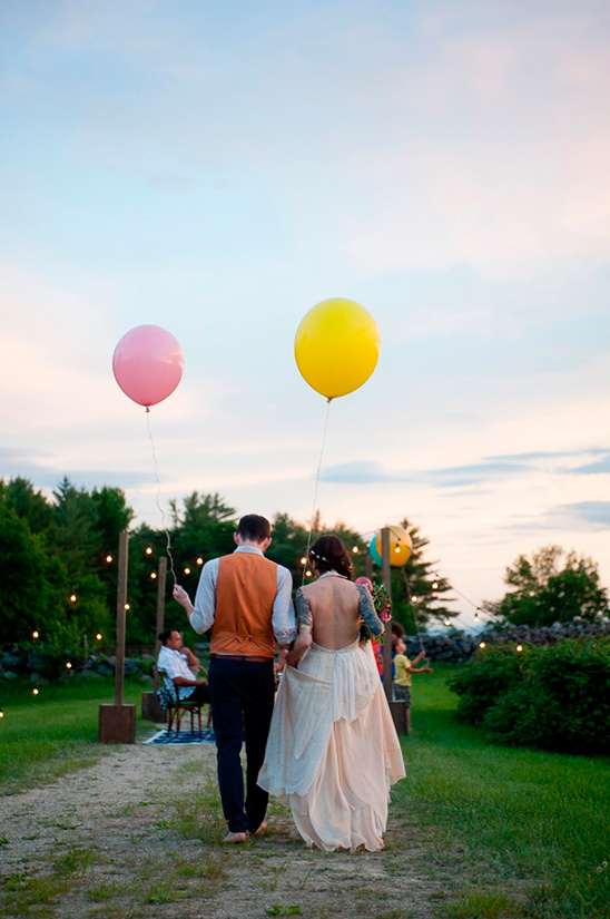 large balloons for your wedding
