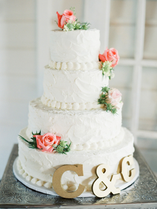 rose topped wedding cake