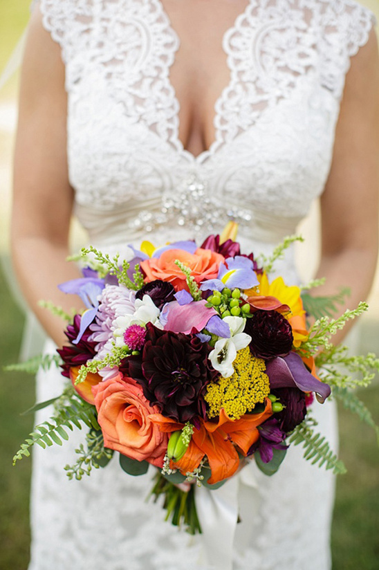 brightly colored bouquet #weddingchicks