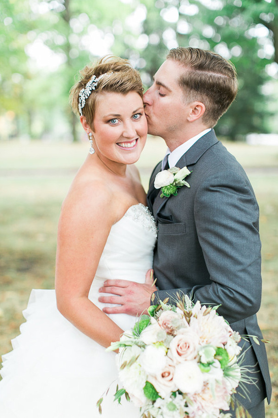 adorable short haired bridal look
