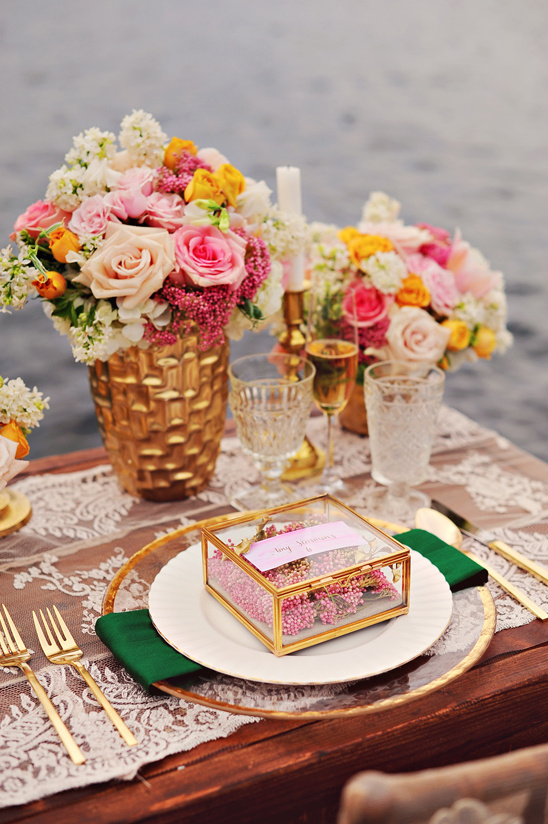 romantic gold and pink table decor
