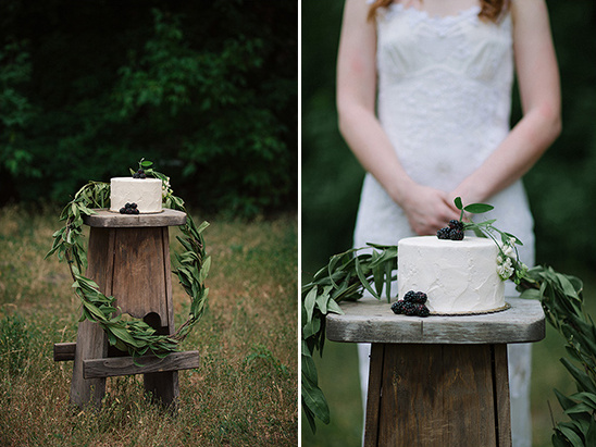 simple rustic cake stand