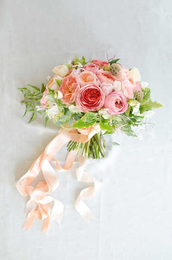 pink and peach Gavita Flora bouquet