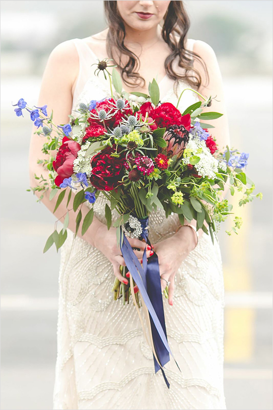 red and blue wedding bouquet
