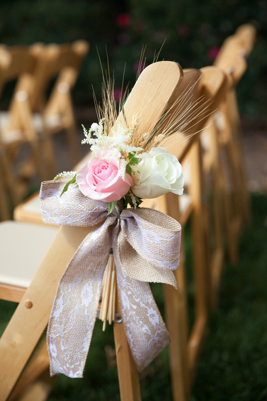 roses wheat and burlap ribbon aisle decor