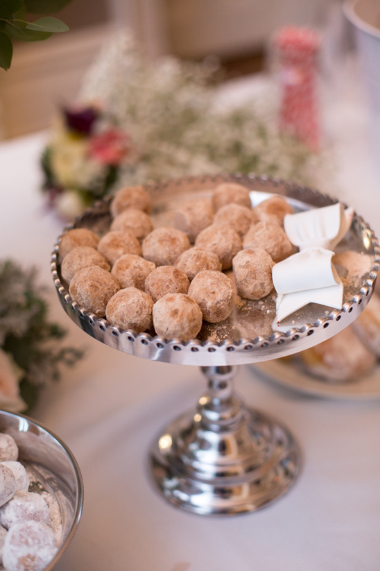 wedding donut holes