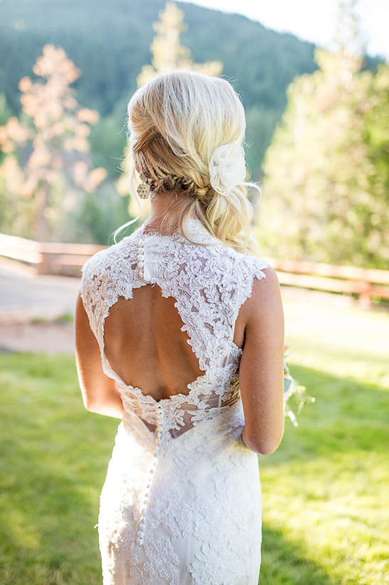 keyhole wedding dress