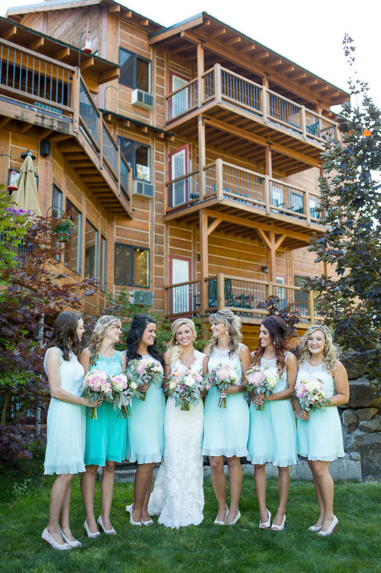 light green and mint bridesmaids