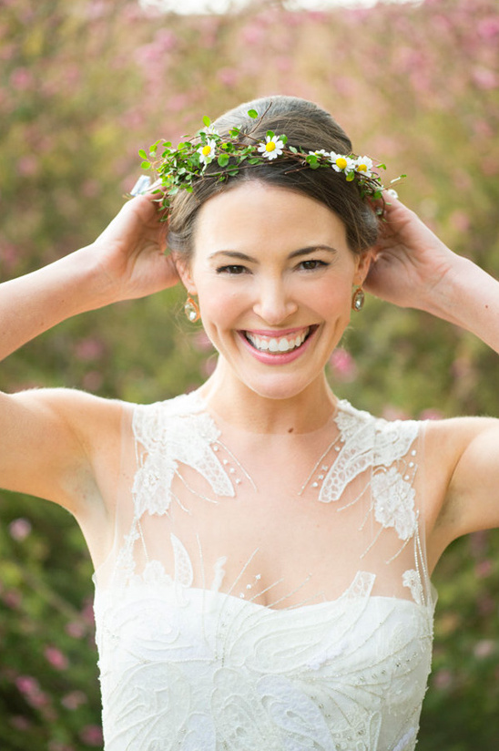 happy bride with daisy halo