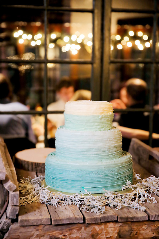 rustic ombre wedding cake