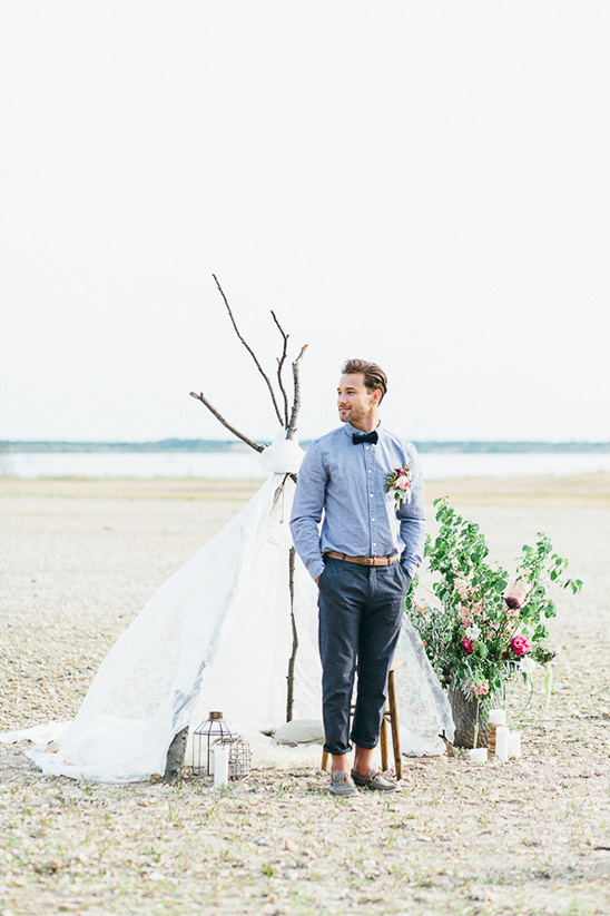wedding teepee in the dessert