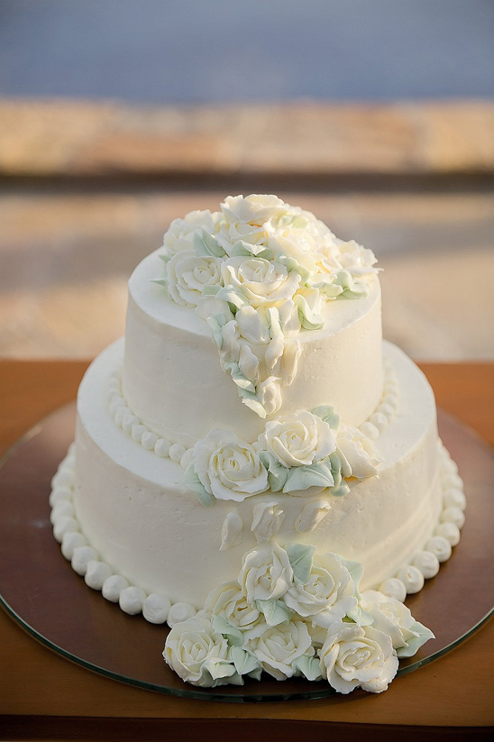 classic cake for vow renewal