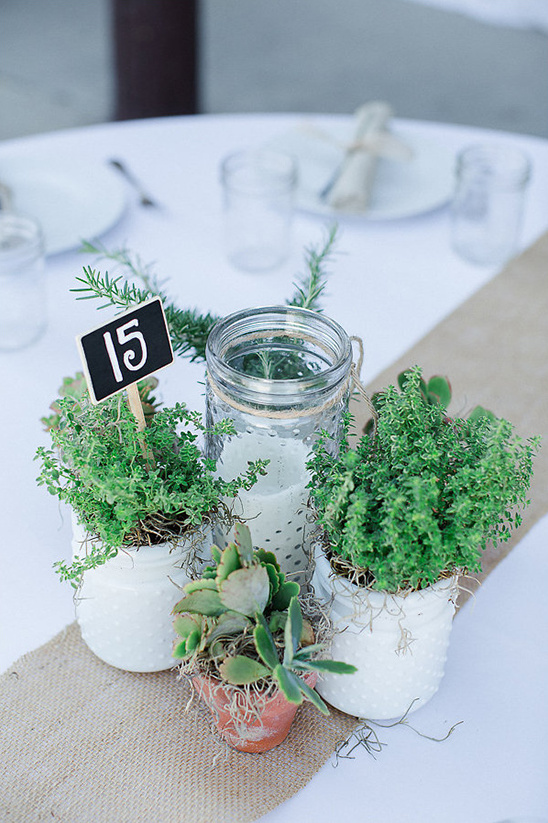 plant centrpieces and table numbers