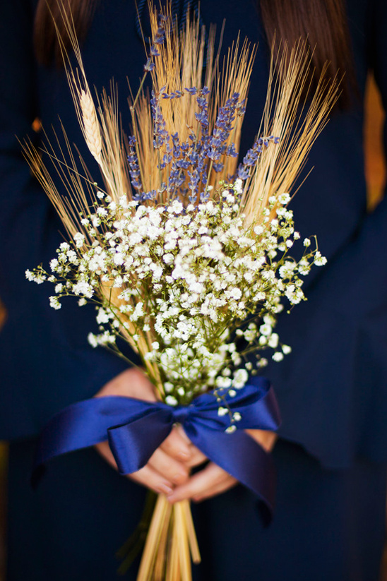 babys breath and wheat bouquet