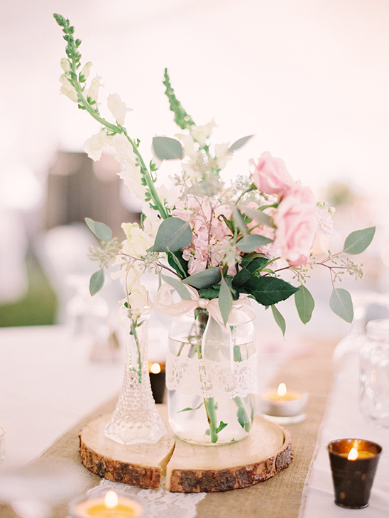 pretty white and pink centerpiece