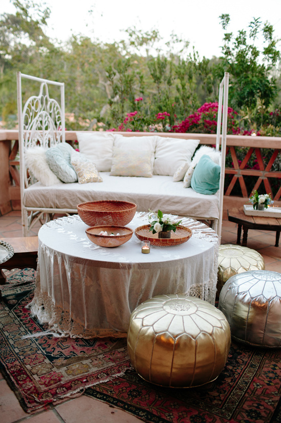 funky moroccan style lounge