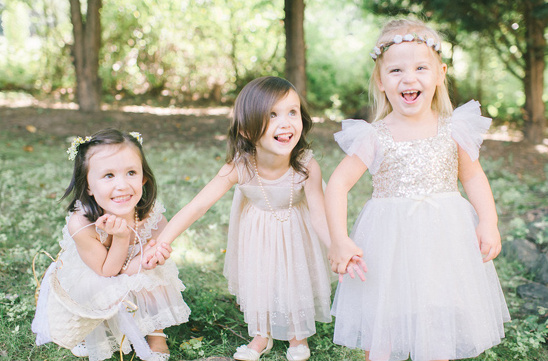 champagne and gold flower girl dresses @weddingchicks