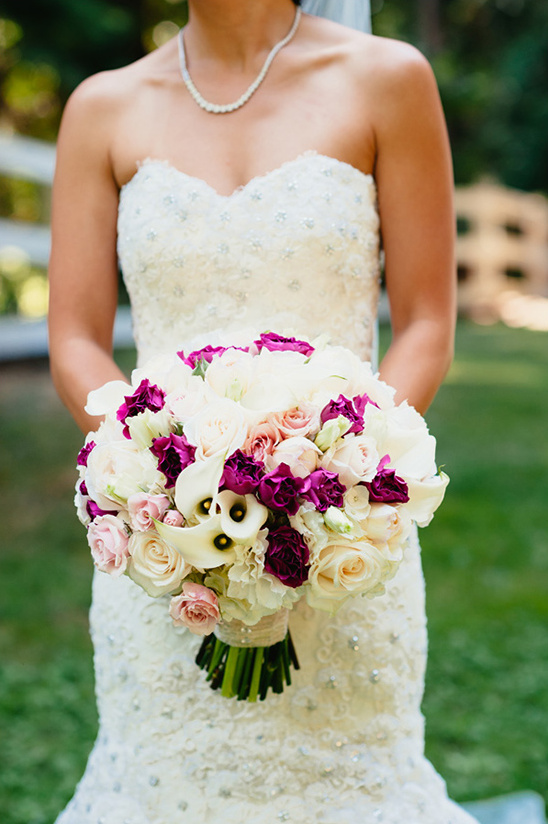 beautiful white and pink bouquet @weddingchicks