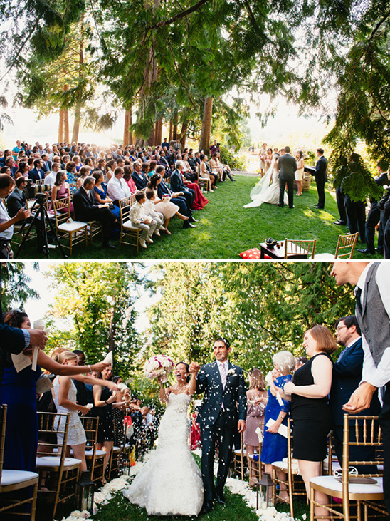 wedding ceremony flower toss @weddingchicks