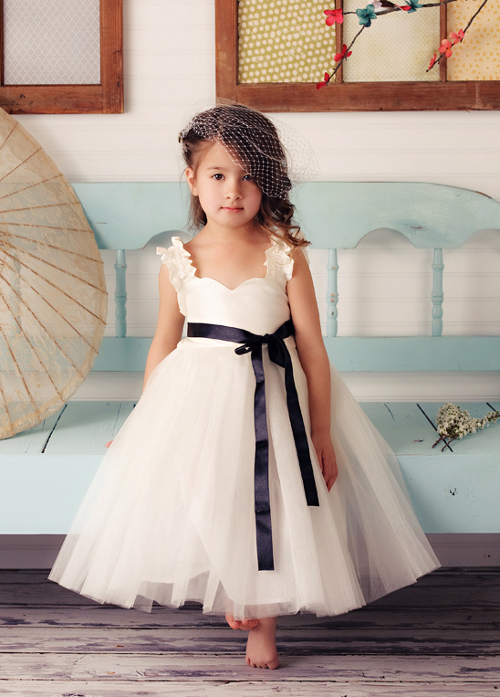 fattiepie_flower_girl_dresses