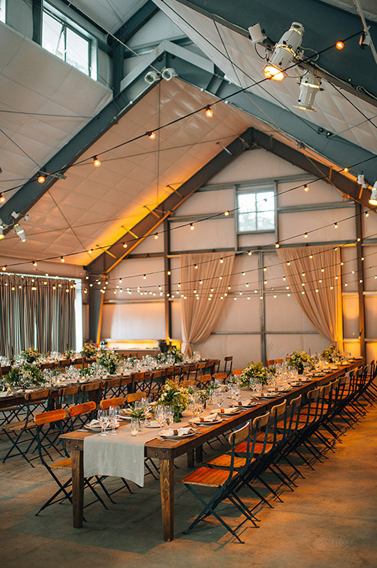 rustic wedding venue @weddingchicks