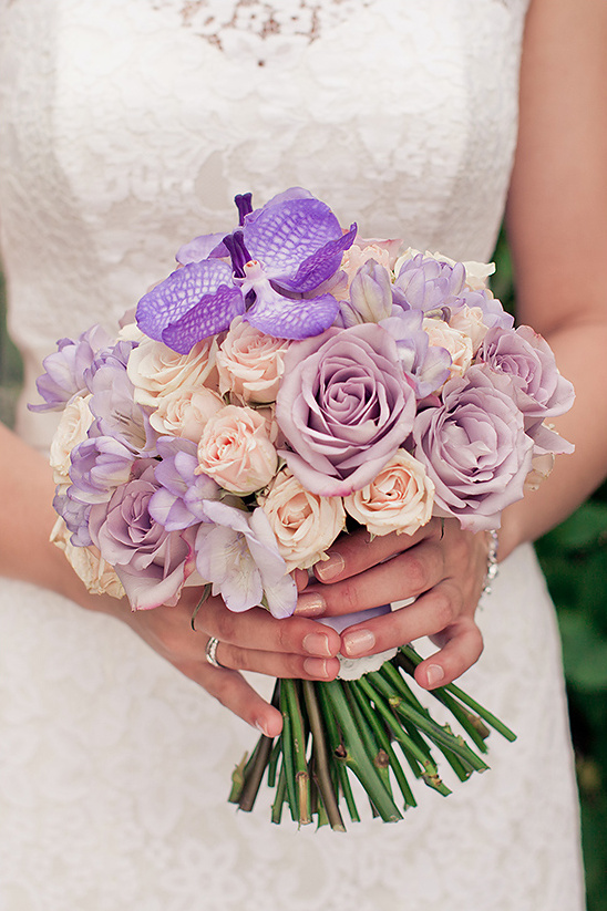 purple and peach bouquet @weddingchicks