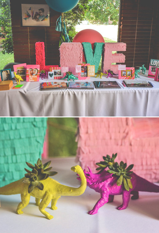fun and colorful guest book table @weddingchicks
