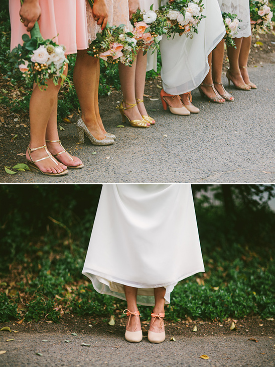 mismatched bridesmaid shoes @weddingchicks