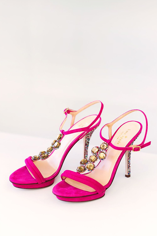 hot pink Kate Spade shoes @weddingchicks