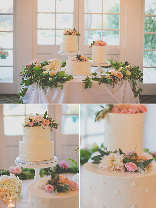 white cake table @weddingchicks