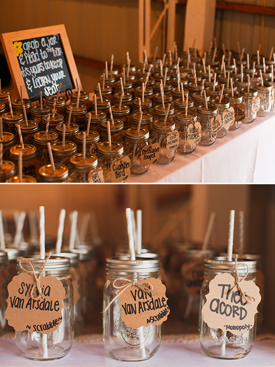 mason jar glasses and escort cards @weddingchicks