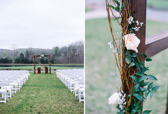 garden rose covered arbor @weddingchicks