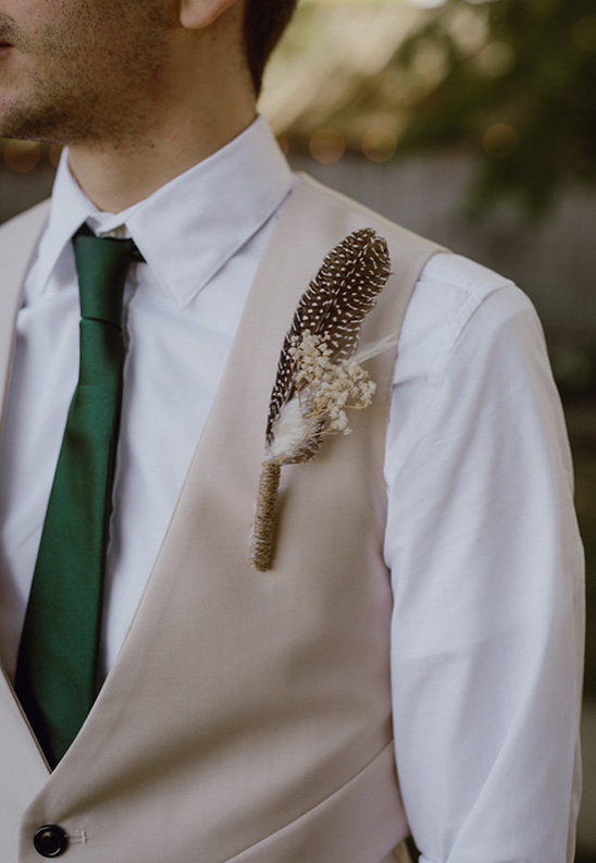 green and beige groomsman ideas