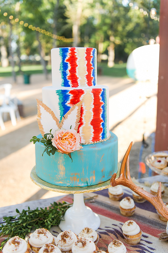 bright and colorful wedding cake @weddingchicks