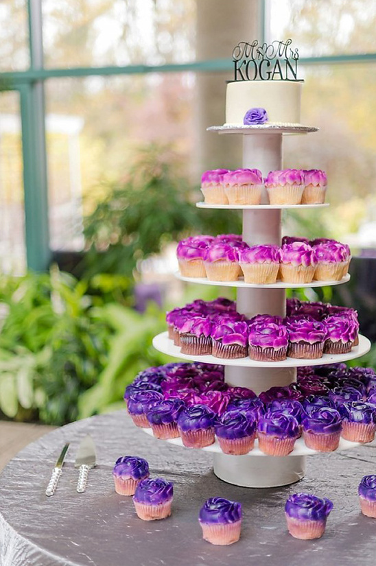 ombre cupcake tower and mini cake topper @weddingchicks