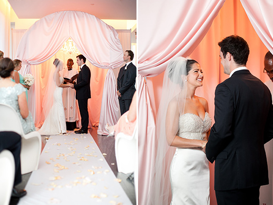 romantic and modern wedding ceremony @weddingchicks
