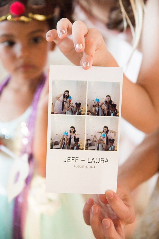 cute photobooth print out @weddingchicks