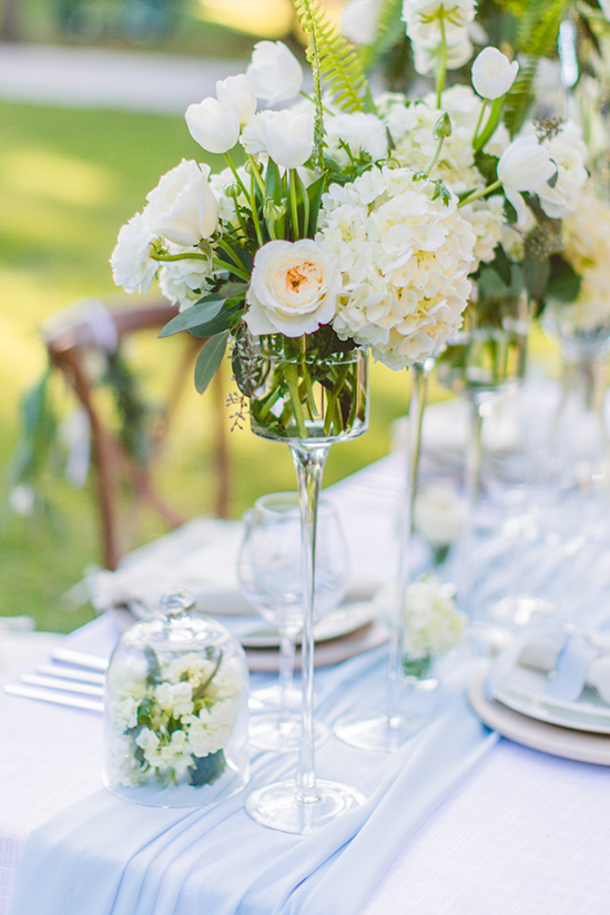 white flower arrangement ideas @weddingchicks