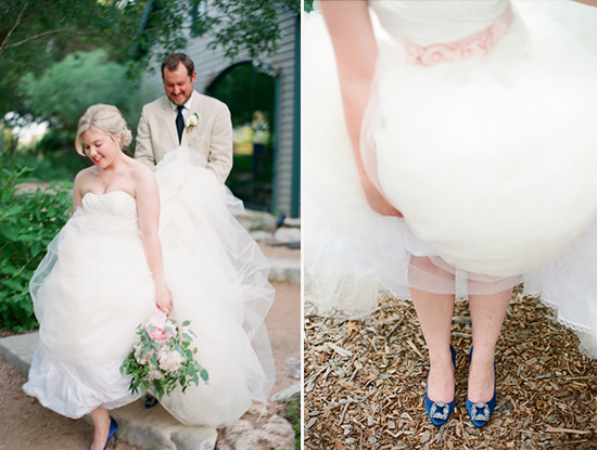 blue wedding shoes @weddingchicks