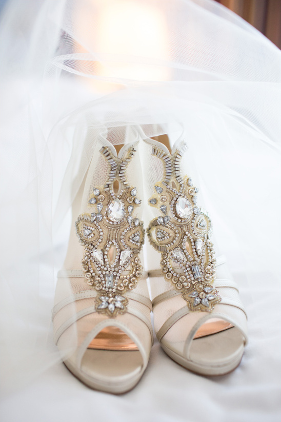 fancy beaded wedding shoes @weddingchicks