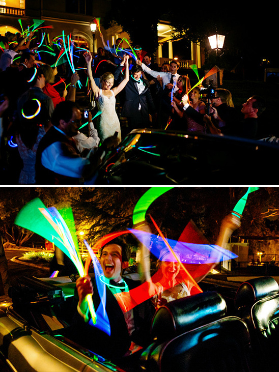 glow stick wedding exit @weddingchicks