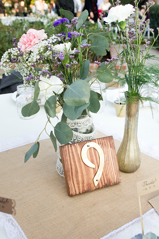 DIY table numbers @weddingchicks