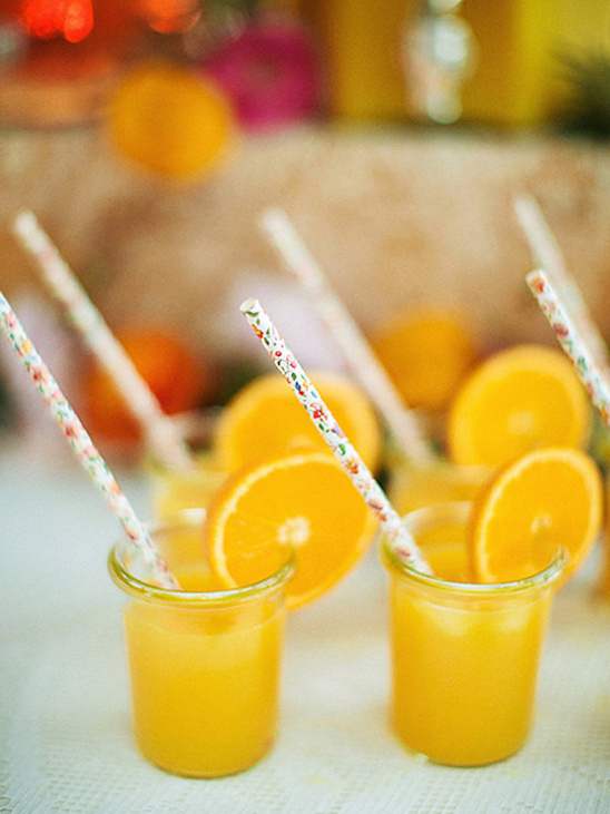 freshly squeezed orange juice @weddingchicks