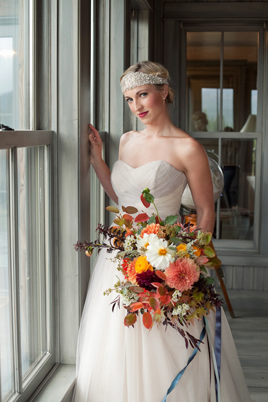Elegant / Country bridal look @weddingchicks