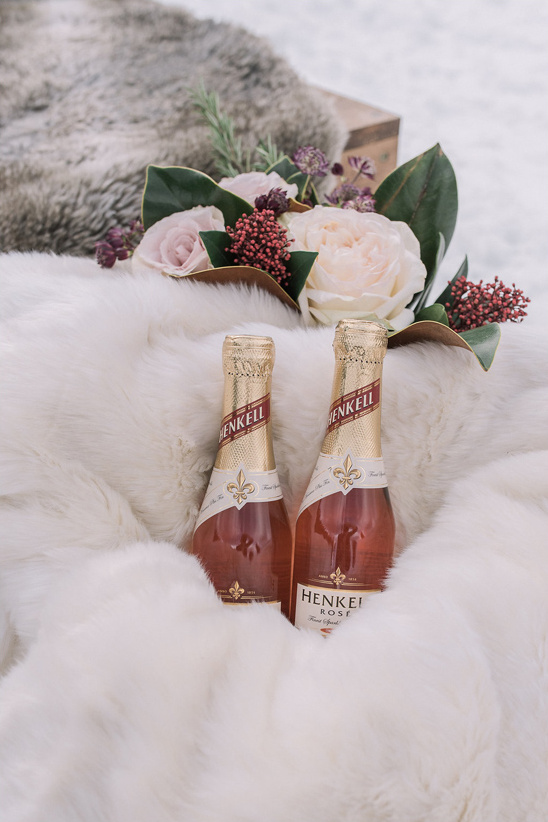 pink champagne @weddingchicks