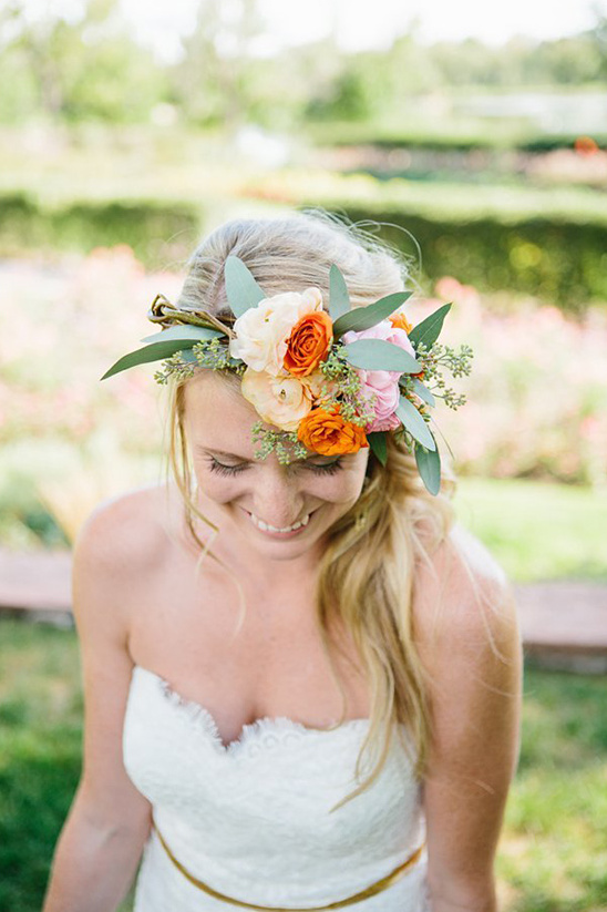 beautiful floral crown @weddingchicks