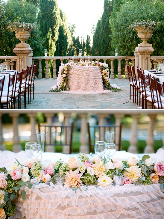 pink sweet heart table @weddingchicks