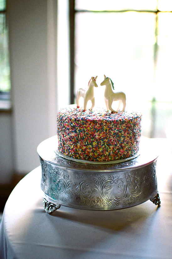 unicorn topper @weddingchicks
